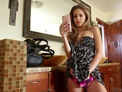 Teens Kimmy Granger And Alice March