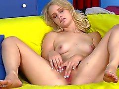 Megan Brown Fingers Juicy Twat