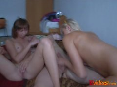 18videoz - Peggy - Vanessa - Friends with three-way benefits