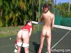 Group of girls lesbosex on tennis court