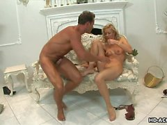 Blonde whore is on the dick sucking it then f
