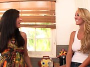 Stepmom cougar pussylicking busty teen babe