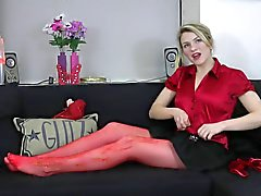 Alicia tries out Glow in the Dark tights