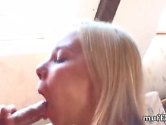 Dulsineya sucks and fucks her boyfriend to a nice cumshot