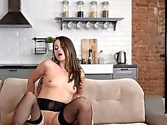 Pretty Chick Zora Gets Her Pussy Stretched