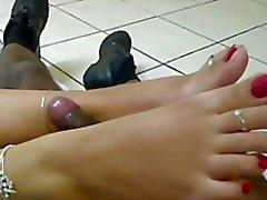 more latina teeny toes