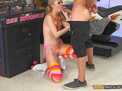 Teen Gamer Girl gets Dick at the Arcade
