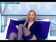 Perfect Webcam Model Chatting Naked