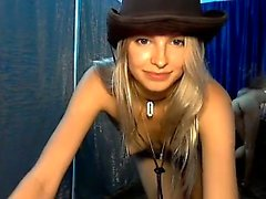 Warm cam teen strips featuring her physique that is ideal