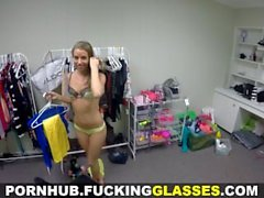 Fucking Glasses - Petite fashion fan gets fucked