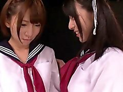 Les asian schoolgirls squirting