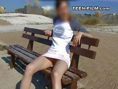 sexy teen upskirt with no panties