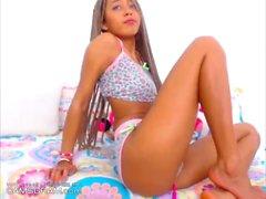 Attractive Ebony Camwhore Does Great Show