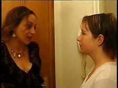 French lesbians : mature and teen