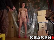 Krakenhot - Brunette young girl in an amateur casting part 2