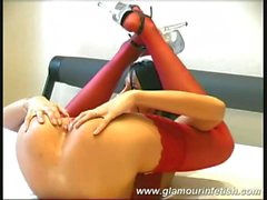 Flexible silvia in red lingerie !