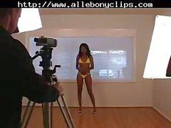 Promise Hypno Bikini Model