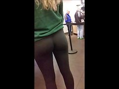 I Love Blondes With Perfect Asses