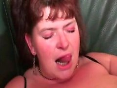 Brunette Mom Drilled In Most Of Her Pockets