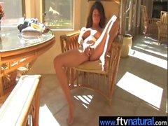 Amateur Girl Masturbating On Tape movie-02