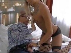 Sextreffen mit Teenhure im Hotel