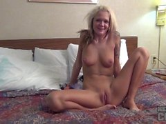 Blondie Aaliyah Double Dildo First Time Anal DP Stretch and Peeing