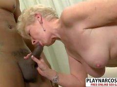 Nasty Mom Jewel Gives Titjob Sweet Teen Friend