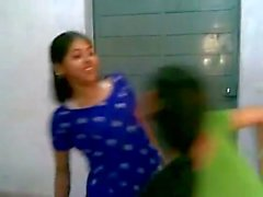 Hot Indian college girls dancing & boobs show
