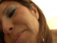 Missi Daniels Has Lesbian Fun With Hot Milf