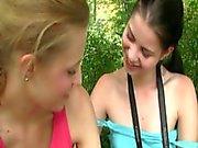 dos chicas deliciosas