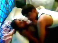 Indian 19yo girl fucked by bf while friend record