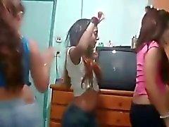 Who better a latina salsa dancer or a turkish bellydancer...