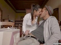 Nekane Sexy Spanish Waitress (HUUU)