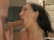 Ass fucked amateur rinses in fresh piss