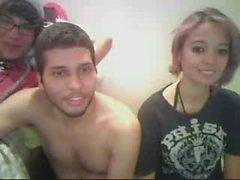 teen_on_webcam--www-pussycam99