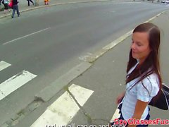 Cockriding babe pickedup by stranger