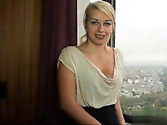 Sexy Hausfrau fucking