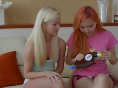Candee Licious plays BopIT w/ Harriet Sugarcookie ton of twisting & pulling