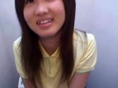 Pretty Asian teen sends her lips working their magic on a t