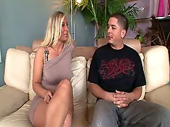 Sexy milf devon lee hardcore fuck