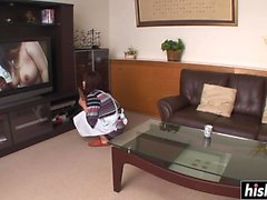 Hot Asian plays with her wet slit