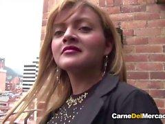 Carne Del Mercado - Petite amateur Latina eats cum in hot pickup and fuck