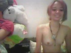 teen_on_webcam-pussycam99