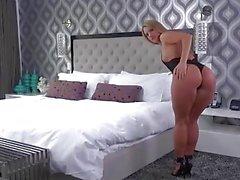 Bootyful - Candice Dare