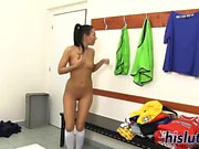 Luscious Latina spreads her bald snatch