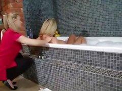 Leigh Darby & Sophia Knight Bath Tub Lesbians