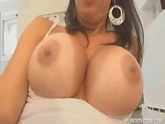 jerk off on tiffany huge tits - handjob - mybestfetish.com