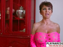 Gorgeous Mom Gina Milano Bangs Well Young Friend
