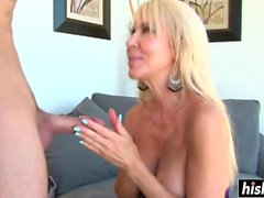 Hot mom likes a young stud