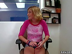 Shaye Bennett exposes her bubble ass and gives handjob